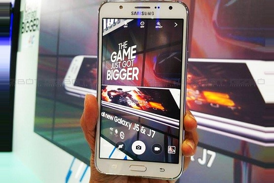Harga Samsung Galaxy J7 2016, Hp Android Kamera 13 MP